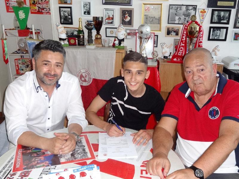Belmin spielt seit 5 Jahren bei Rot-Weiss Frankfurt