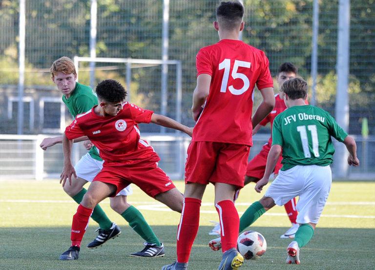 U16 Gruppenliga: Rot-Weiss spielt sich mit Kantersieg an die Tabellenspitze!