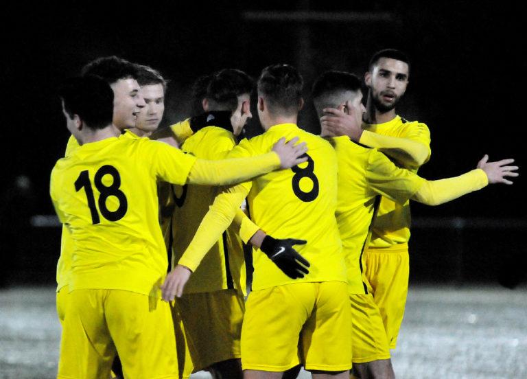 Kreispokal:  FG Seckbach-RW 1:4 (0:3): Halbfinale erreicht
