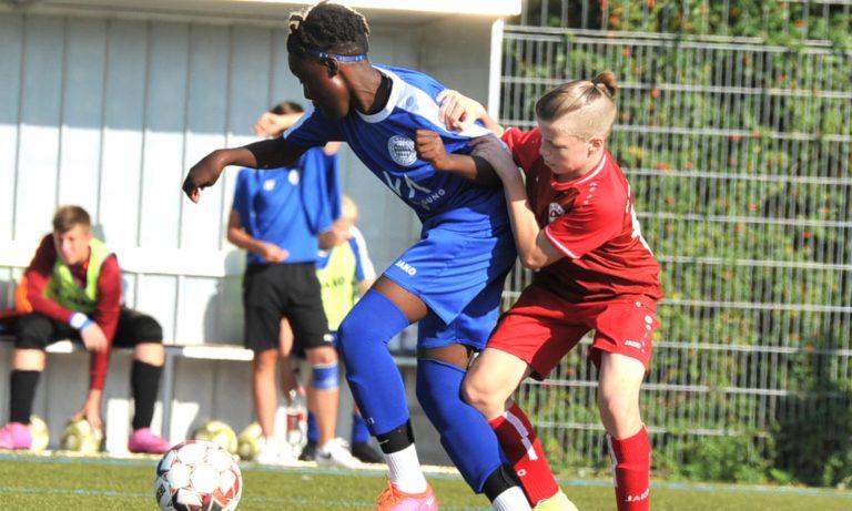 U14 erkämpft sich ersten Dreier gegen U15 von Bayern Alzenau