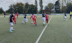 Die U17 siegt in Gießen in der letzten Spielminute: FC Gießen – Rot-Weiss Frankfurt 1:2 (1:0)